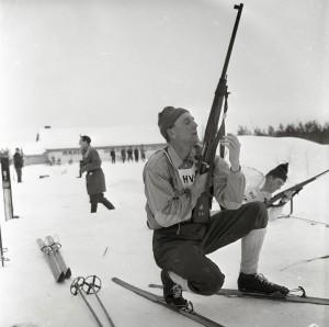 Skjutvallen och utrustningen vid skidskytte år 1960